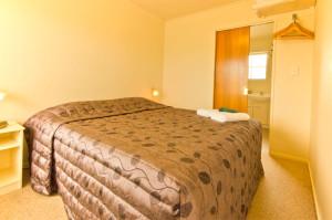 808-bedroom