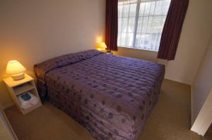 812-bedroom