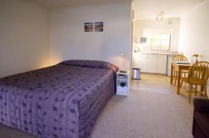 802-bedroom