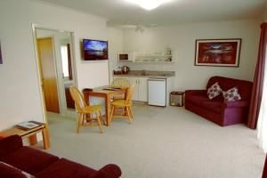 812 -lounge